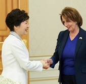 President Park meets with US House of Representatives delegation
