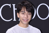 Lee Seung Gi to return as a singer in early June