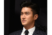 Super Junior′s Choi Siwon will enlist as conscripted po...