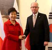 Korean, Czech leaders expand partnerships on nuclear energy, scie...