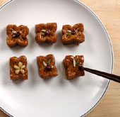 Korean recipes: <i>Yakgwa</i> deep-fried honey cookies