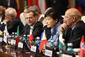 ASEM_First_Session_President_th_02.jpg