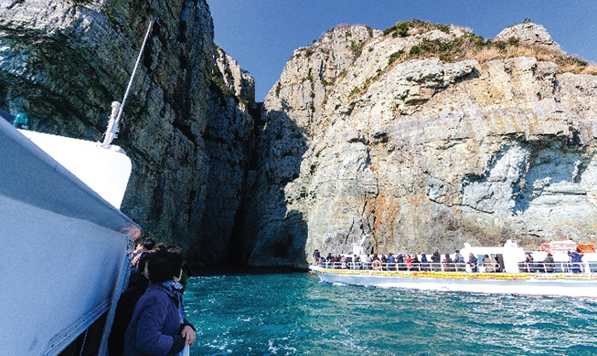 Korea's maritime national parks bring nature and history together
