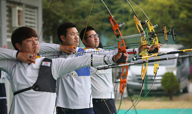Male archers bring youthful exuberance to Olympics