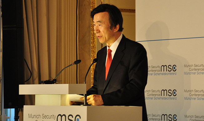 Int'l community must cooperate on N. Korea nuclear weapons issues: foreign minister