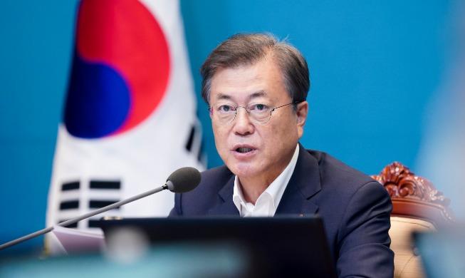 crop_20200630_President Moon Jae-in speaks during a meeting of his senior secretaries.jpg